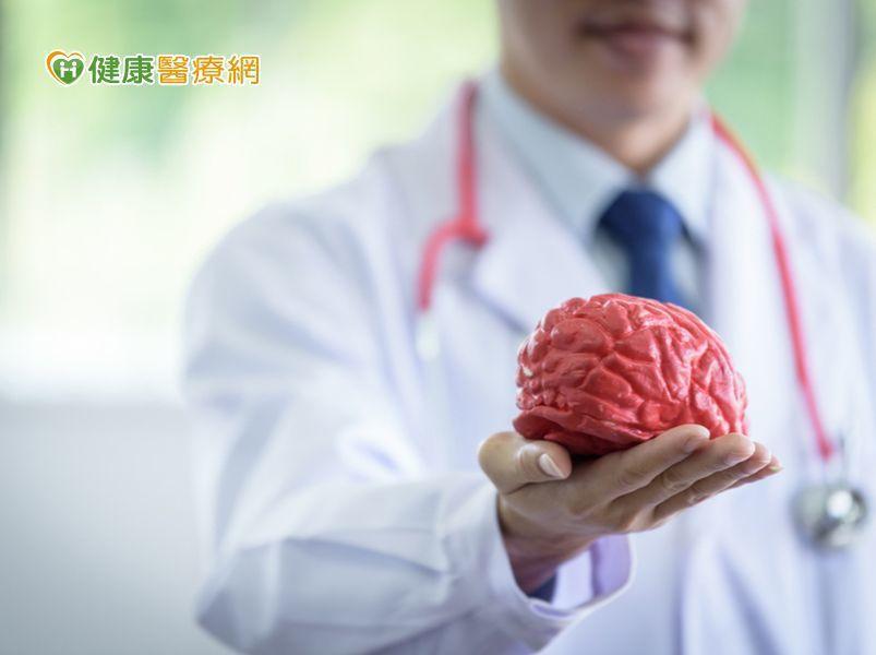 根據衛生福利部公布的2017年國人十大死因排行榜,依死亡率排序,腦中風等腦血管疾...