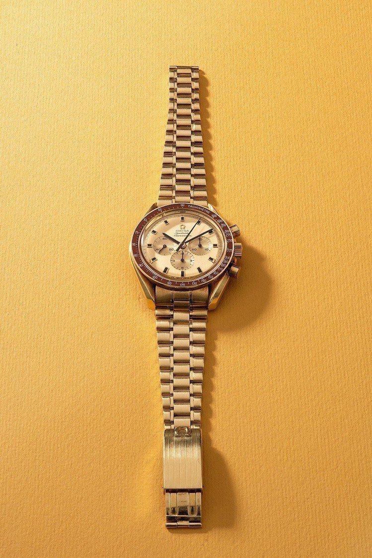 歐米茄「Speedmaster」型號145.022,18K黃金鍊帶腕表,限量發行...