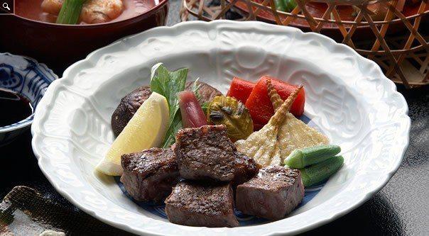 料亭洲さき供應有飛驒牛的精緻料理,摘下二星。圖/取自洲さき官網