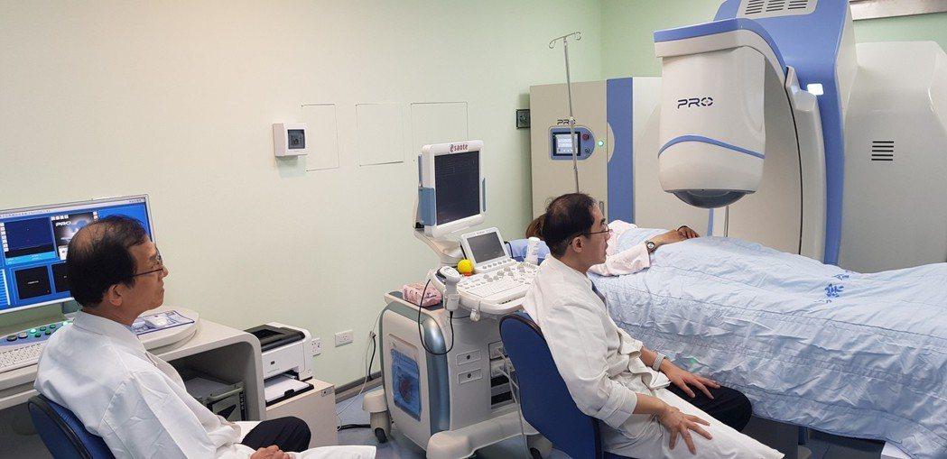 台南郭綜合醫院引進最新一代海扶刀治療子宮肌瘤。記者修瑞瑩/攝影