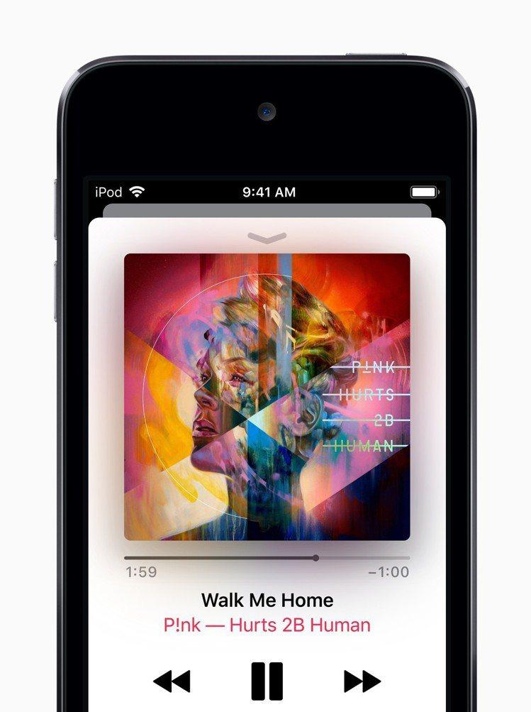 除了原有的音樂功能,現在iPod Touch還能透過訂閱Apple Music享...