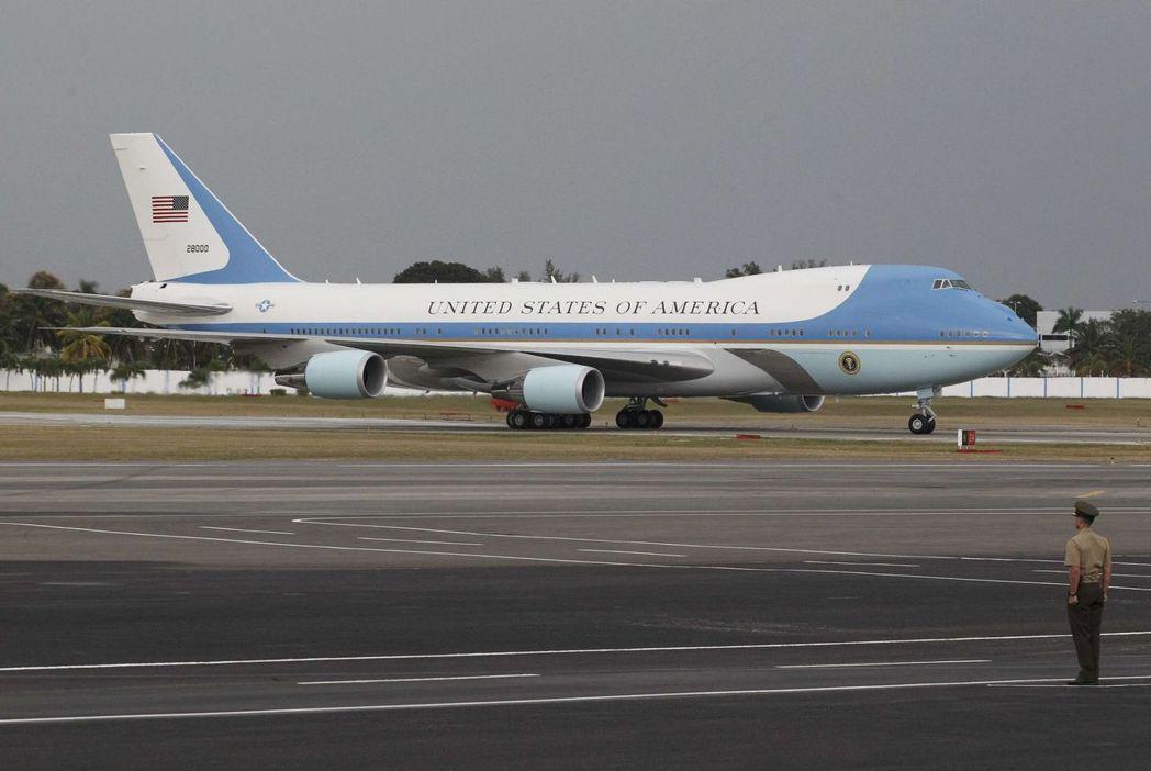 空軍一號是美國總統的「空中白宮」。(路透資料照片)