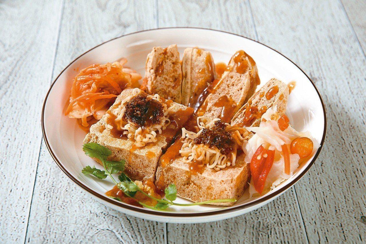 紅茶臭豆腐-肉燥香臭豆腐。 圖/統一企業提供