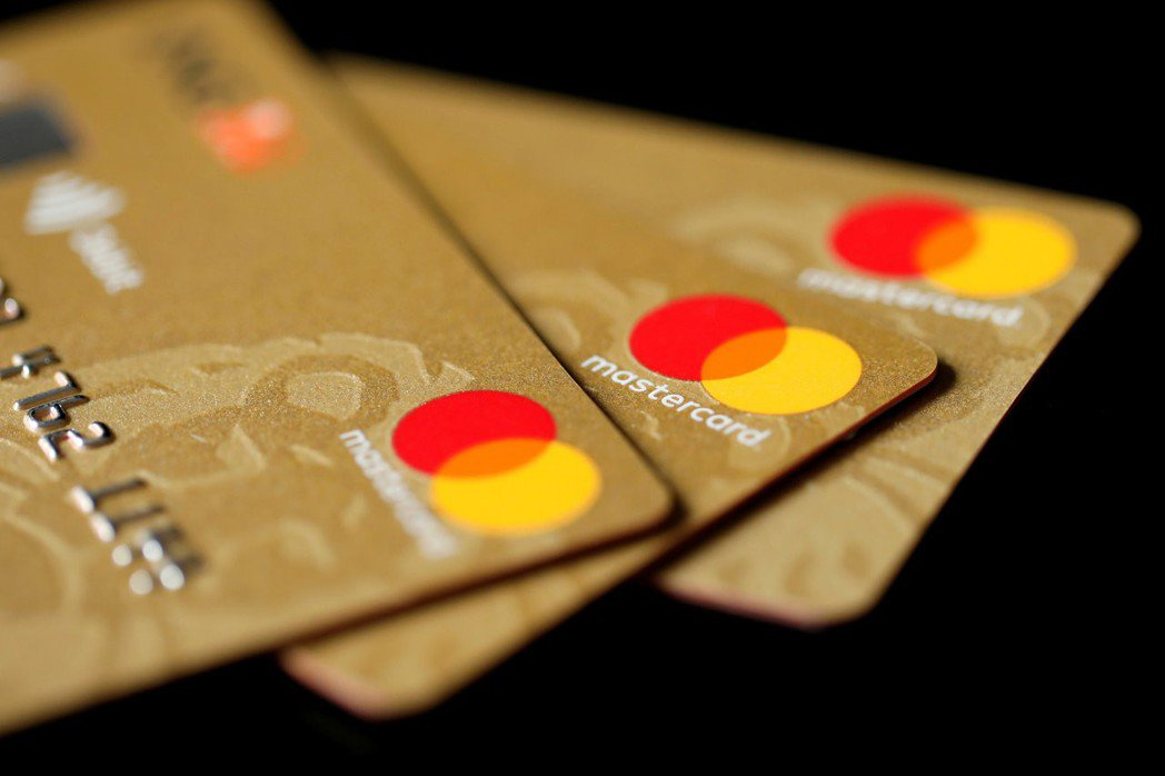 頂級信用卡提供個人祕書服務,但由於成本過高,現在不僅考慮調高費用,未來恐怕還會取...