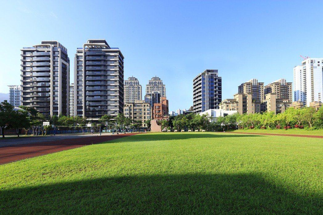 北市信義計畫區「冠德信義」超豪宅。圖/冠德建設提供