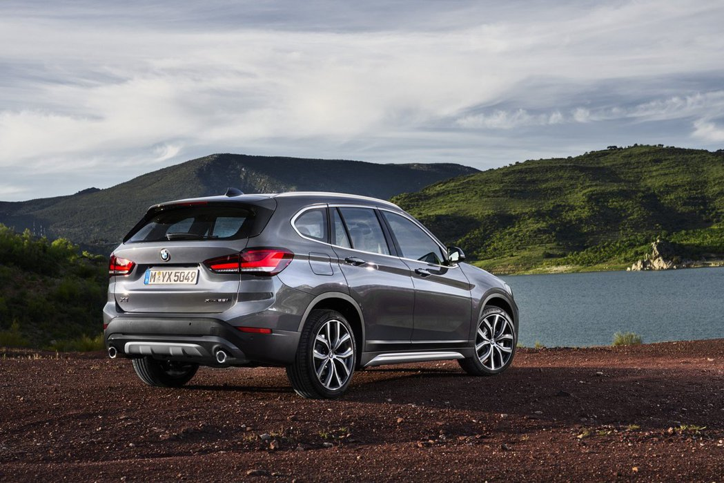 小改款BMW X1。 摘自BMW