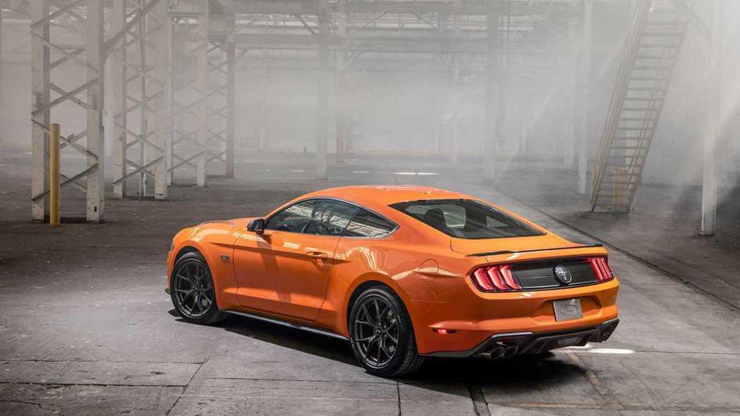 不想開V8野馬的可以考慮搭配這組高性能套件。 摘自Ford