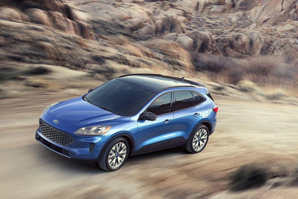 Ford Escape Titanium除Hybrid複合動力外也可選2.0L ...