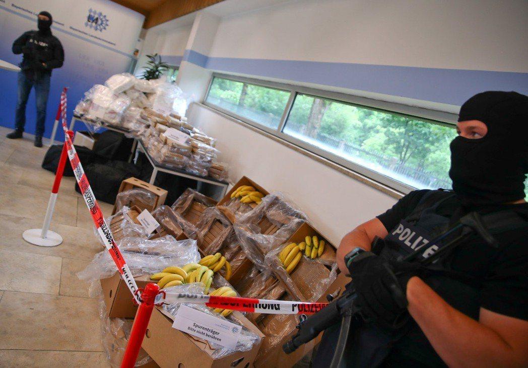 面對阿拉伯黑幫家族越來越大膽的犯罪行為,柏林司法機關不得不調整治安策略。示意圖。...