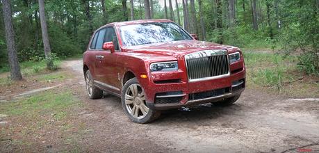 影/Rolls-Royce Cullinan越野畫面!你捨得這樣對待你的勞斯萊斯嗎?