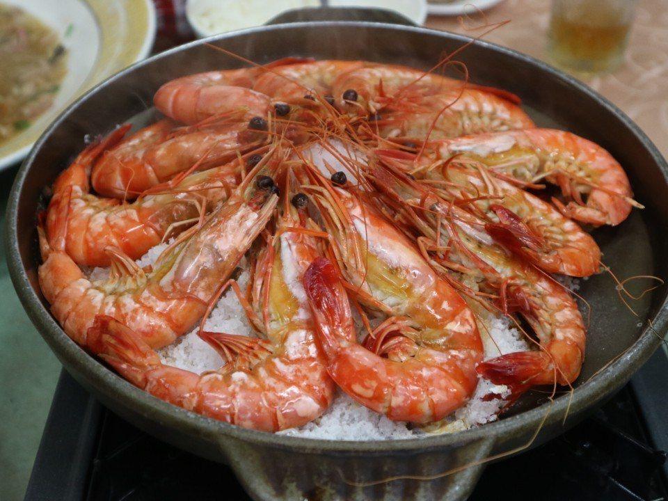 圖/鹽焗野生草蝦。