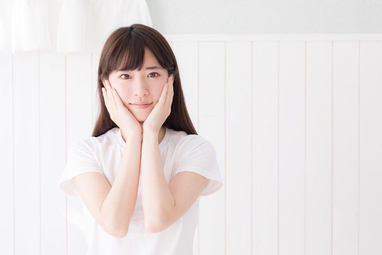 研究證實,亞洲人的臉,比西方人的臉大40%。圖/摘自pakutaso