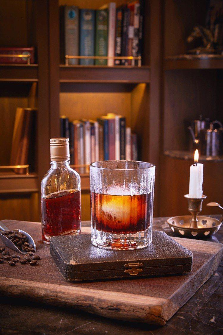 全台首家WHISKY LIBRARY,精選世界250款限量珍藏款威士忌。圖/誠品...