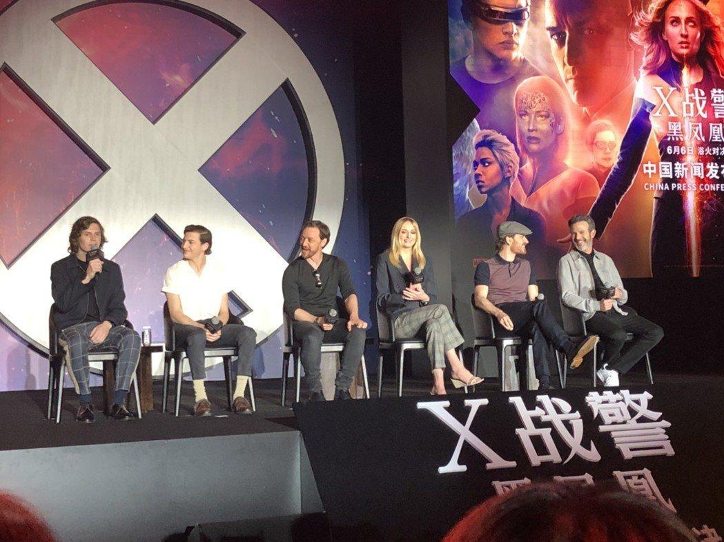 「快銀」伊凡彼得斯(左起)、「獨眼龍」泰謝瑞丹、「X教授」詹姆斯麥艾維、「黑鳳凰...