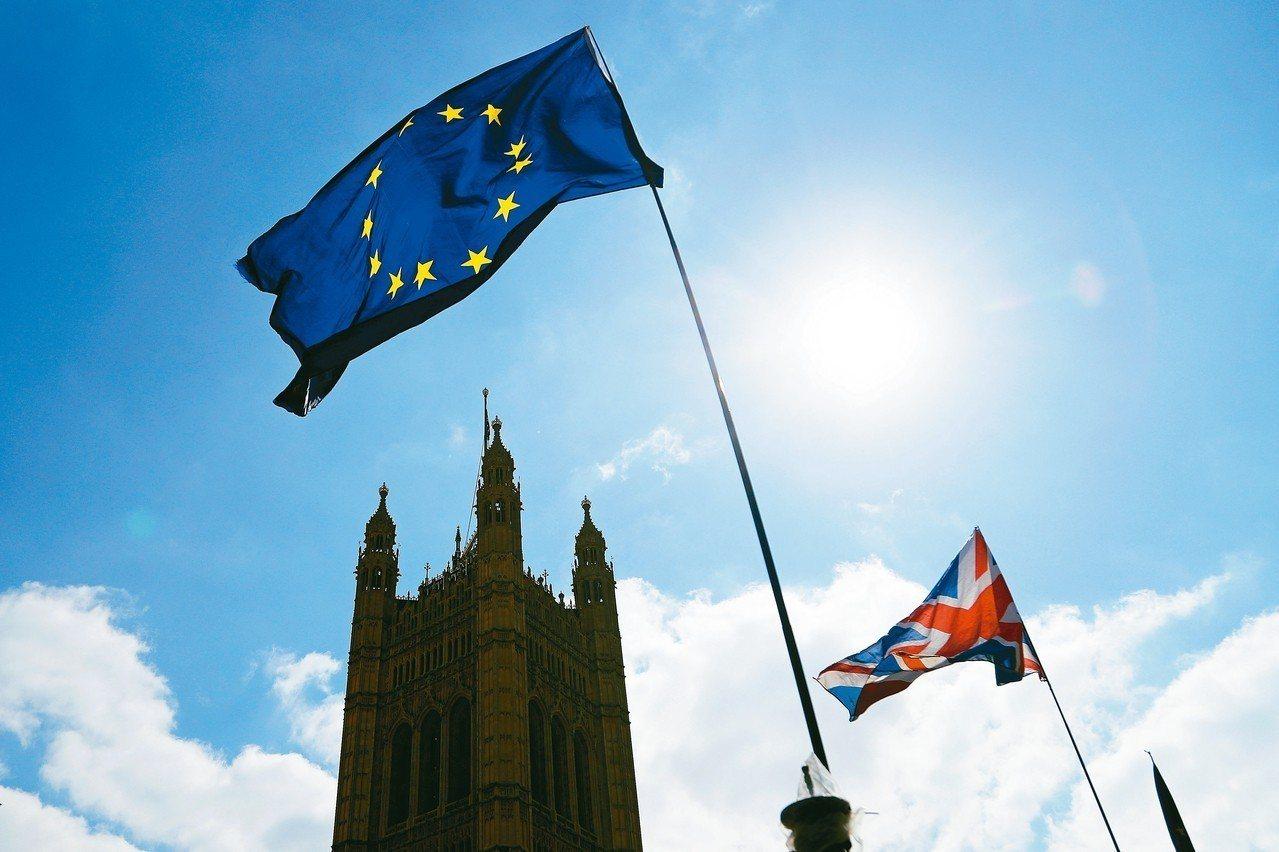 英國擬備10億英鎊硬脫歐。 美聯社