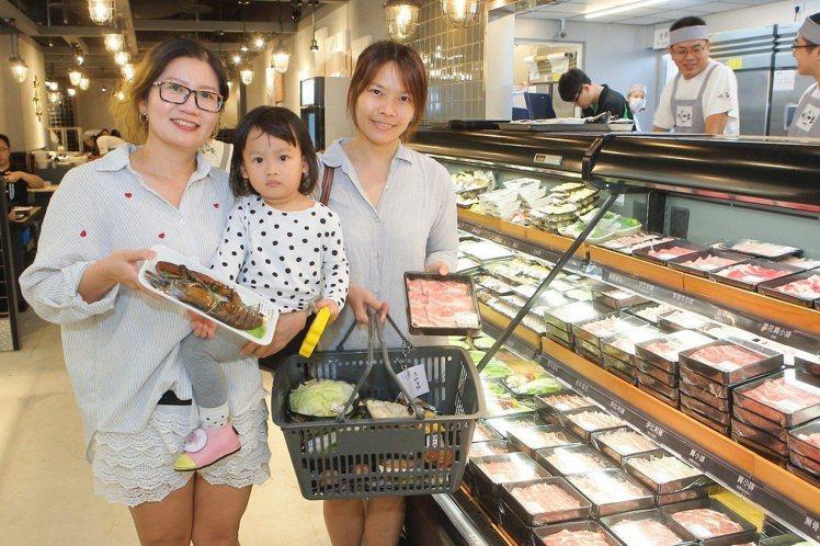 祥富水產乃是開創全台火鍋超市的先驅者。記者陳睿中/攝影