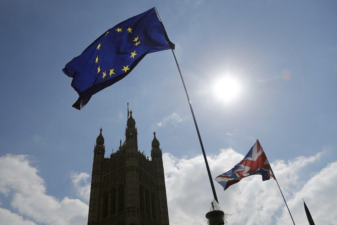 英國脫歐尚未成功,英國政府已花費近一億英鎊在民間諮詢機構上。美聯社
