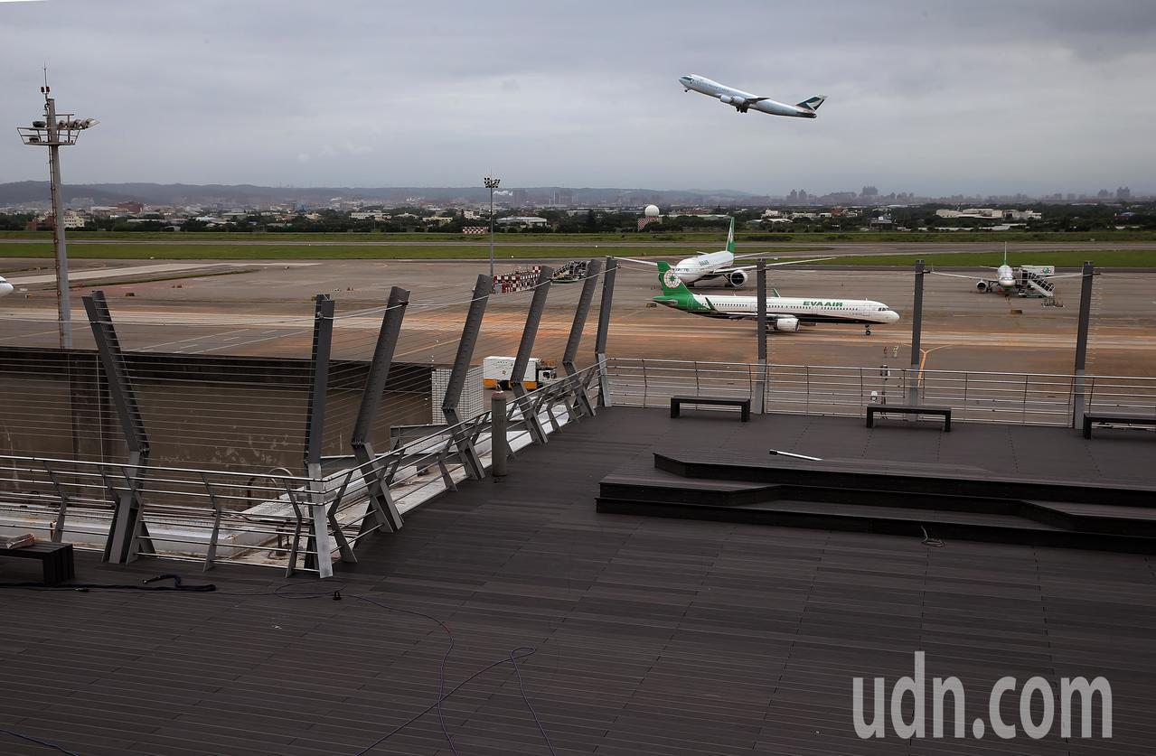 桃機觀景台完工!年底讓飛機迷近距離接觸航機