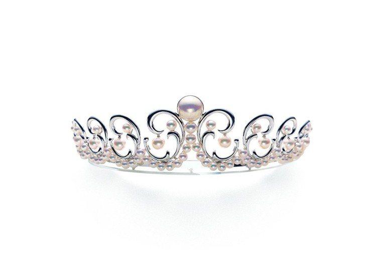 TASAKI經典Tiara Mermaid鑽石珍珠皇冠,18K白金、阿古屋珍珠、...