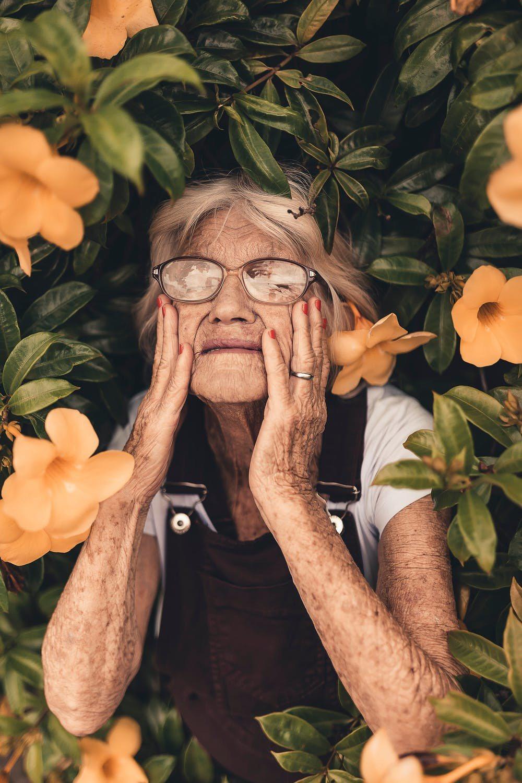 人都會隨著年齡的增長,肌肉也會隨著老化,使用對的方式保養,才不會讓皺紋提早出現。...