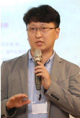 中國科學院深圳先進技術研究院研究員王鵬元 記者曾學仁/攝影