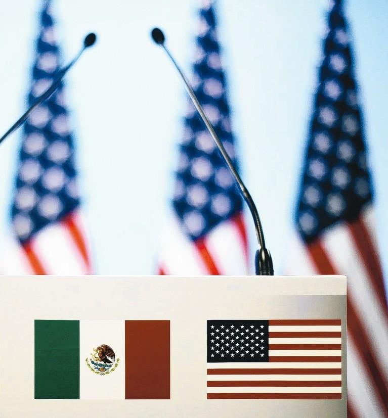 美國總統川普宣布對墨西哥所有輸往美國產品加徵5%關稅,並威脅將逐步上調,引發市場...