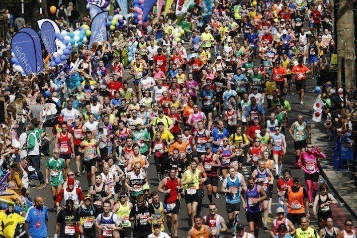 圖說/倫敦馬拉松今年採取採用可堆肥回收的杯子,以減少塑膠廢棄物。 圖片/路透社照...