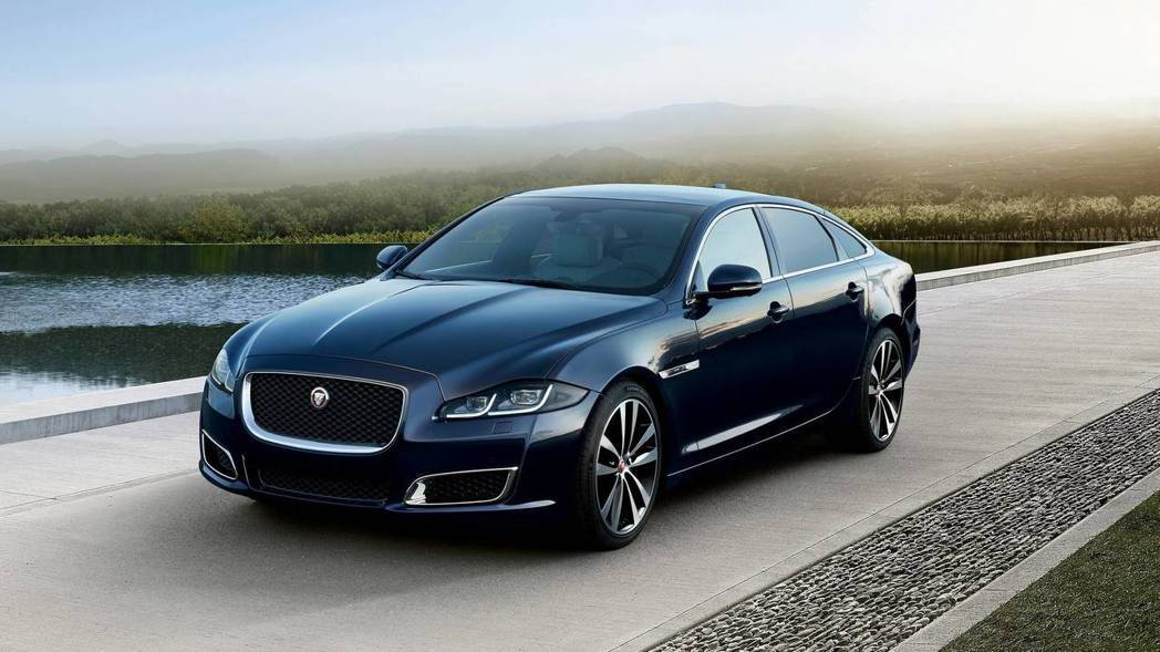 Jaguar為了慶祝XJ車系50周年,特別推出了XJ50的紀念特仕車。 摘自Ja...