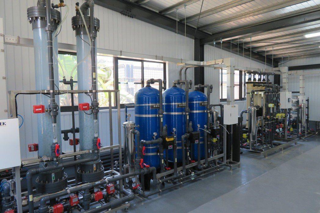 嘉藥擁有全國第一座設於校內的類產業再生水廠。 嘉藥/提供