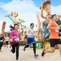 「香港迪士尼路跑活動」挾4大亮點強勢回歸!新增「皮克斯好友夜跑派對」、超過百位迪士尼角色參與