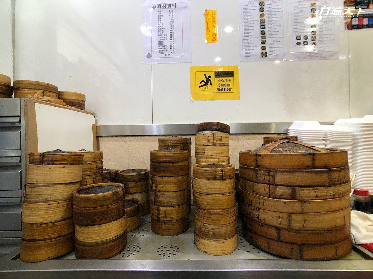 ▲一籠籠的美食,是鄰近香港大學學生最愛的夜宵。