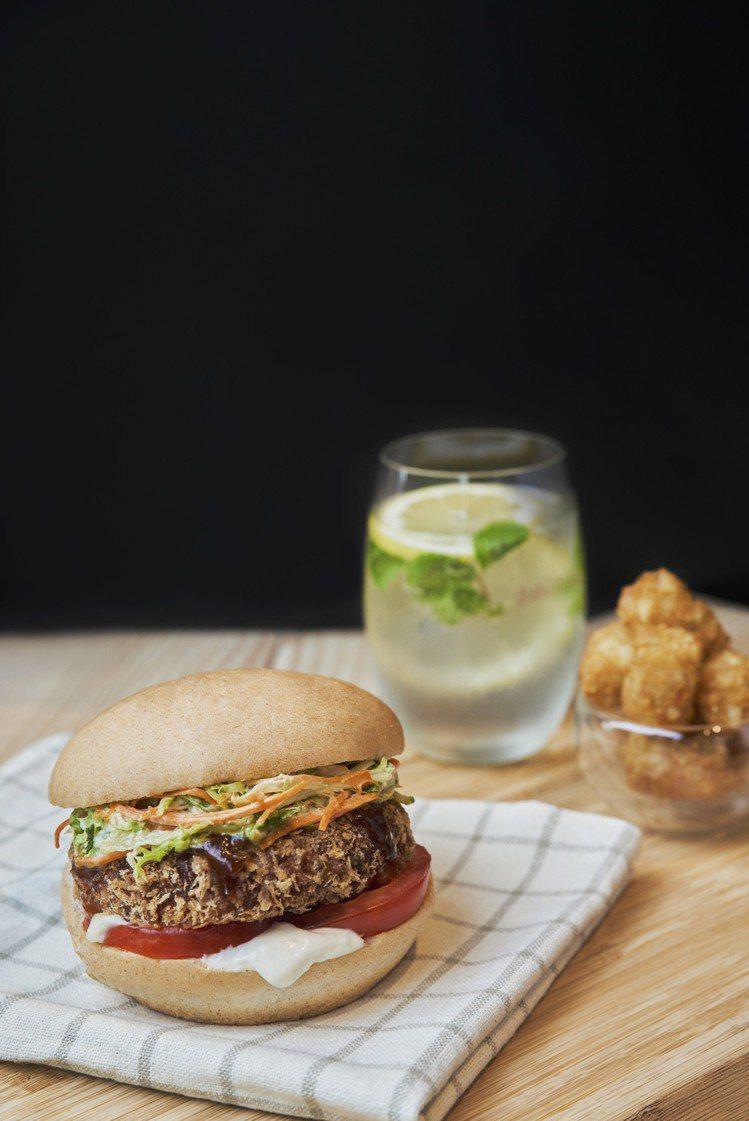 「V Burger」於6月1日在微風廣場開幕。圖/微風提供