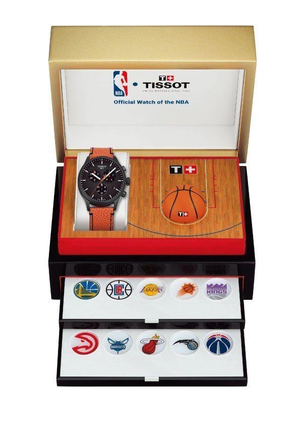 天梭NBA特別版CHRONO XL腕表,配備特殊收藏表盒、30個NBA球隊隊徽後...