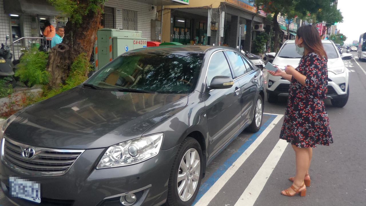 阮綜合醫院副院長妻子今天準備開車到醫院參加社員大會遇襲。 記者林保光/攝影