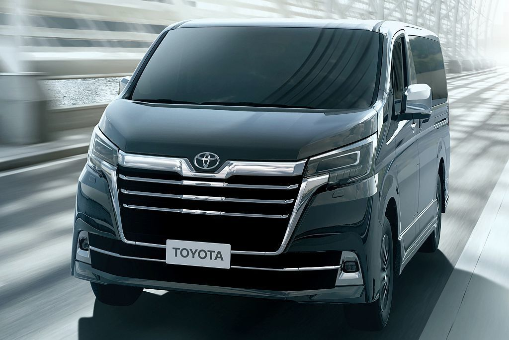 Toyota Granvia源自大改款Hiace平台架構發展而來,具備軸距3,2...