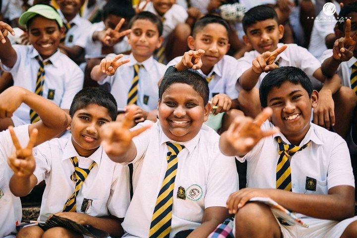 印度洋上的藍眼淚 「斯里蘭卡」最純真的笑容
