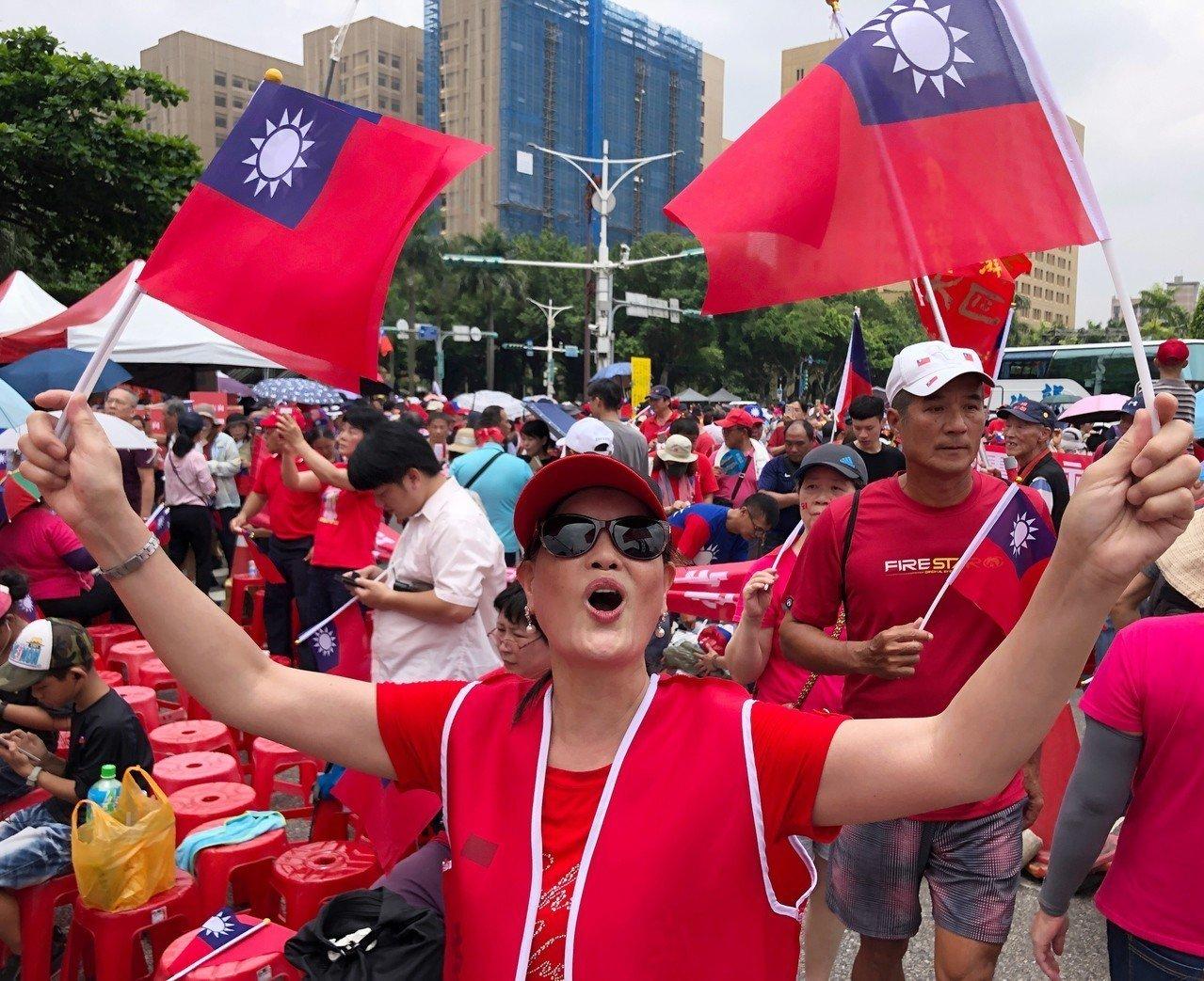 挺韓團體今下午在總統府前凱道舉辦「庶民總統團結台灣、決戰二○二○贏回台灣」挺韓造...