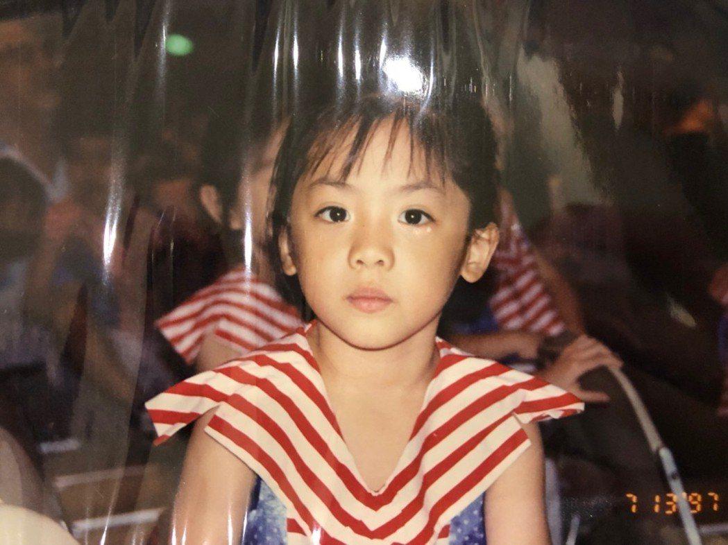 黃瀞瑩小時候長這樣。圖/17Media提供