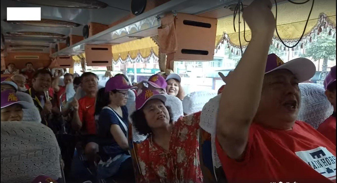 黃敬平下午和支持者北上挺韓國瑜。圖/取自桃園市議員黃敬平臉書