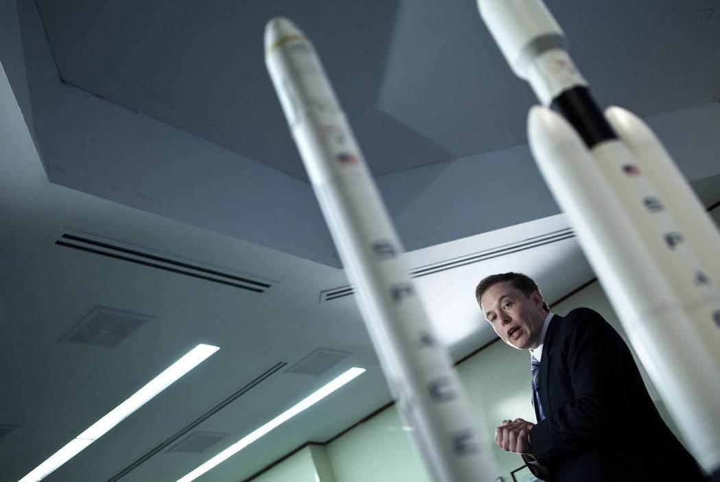 NASA結合私人企業的趨勢越來越明顯。有論者主張,私人企業的技術——像是Spac...