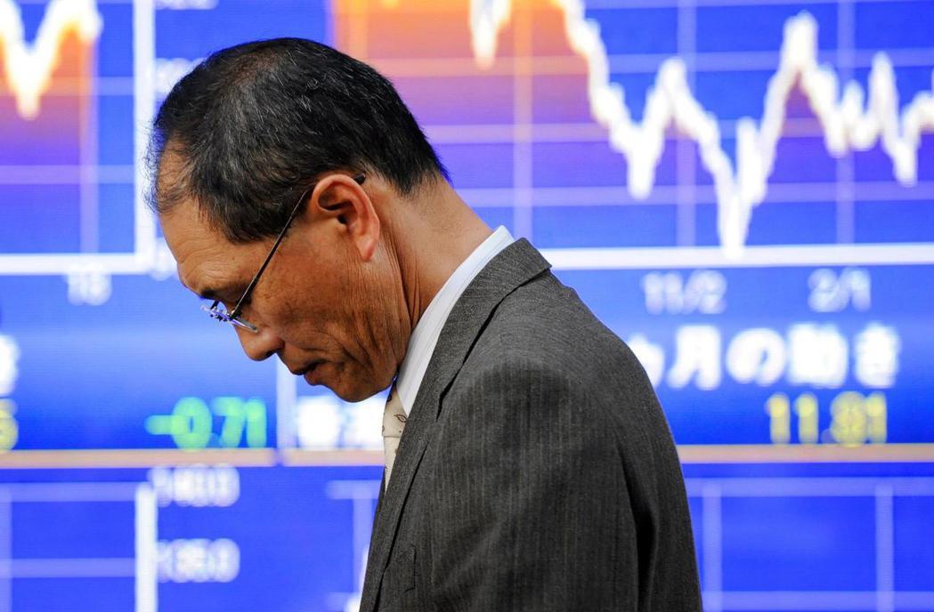 讓日本就業市場走向合理化,企業不用再背負終身雇用的包袱,對於日本政經界而言,或許...