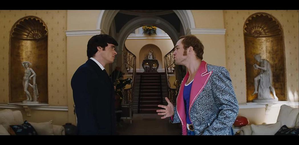 李察馬登與泰隆艾格頓在「火箭人」有感情戲,也有激情場面。圖/摘自imdb