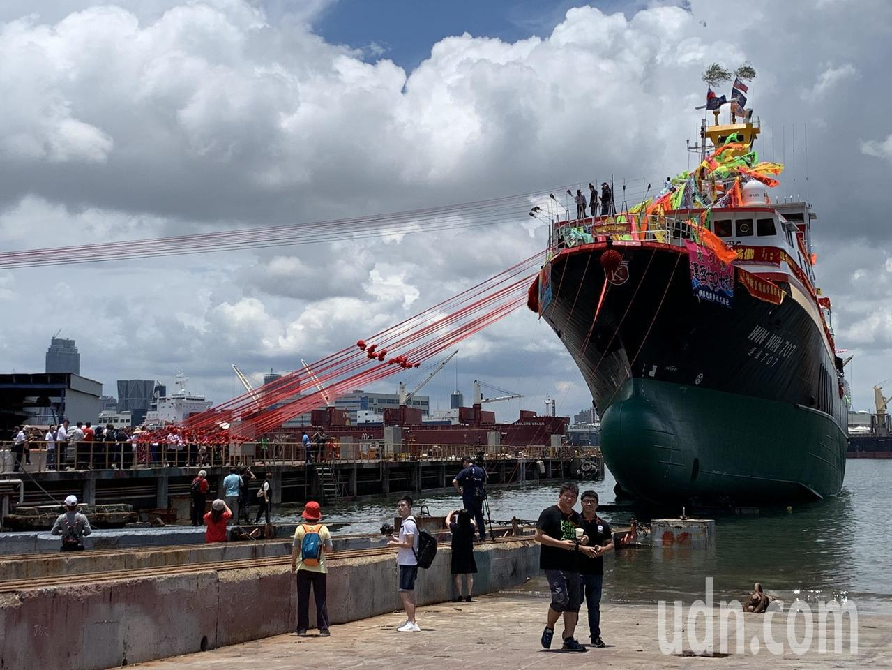 前總統馬英九今天近午參加華偉漁業運盈7圍網船下水典禮。記者謝梅芬/攝影