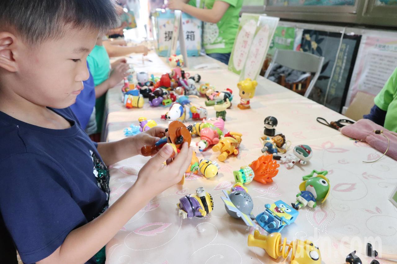 「玩具復活節」募2萬件二手玩具 送愛到史瓦帝尼