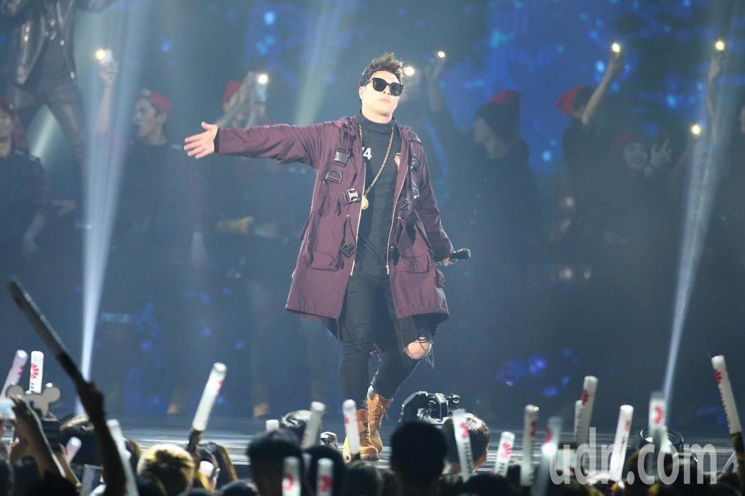 2019 hito流行音樂獎頒獎典禮今天在小巨蛋舉行,潘瑋柏擔任開場嘉賓。記者林