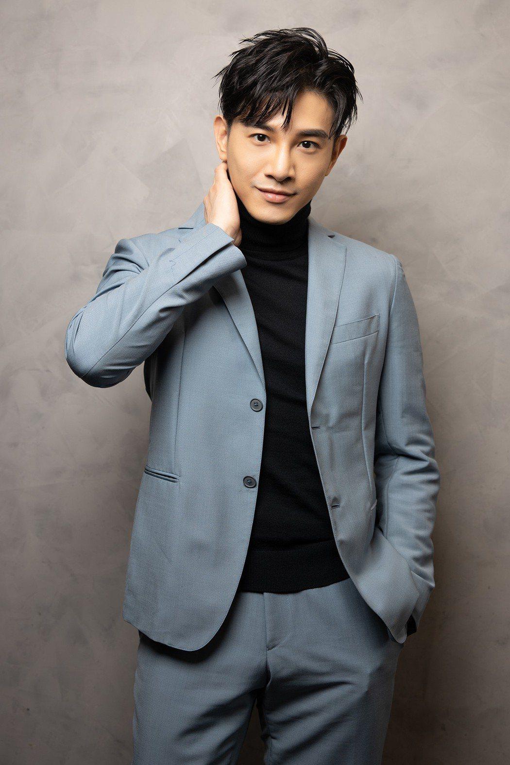 張立昂在2019 Hito流行音樂獎頒獎典禮擔任演出嘉賓。圖/索尼提供