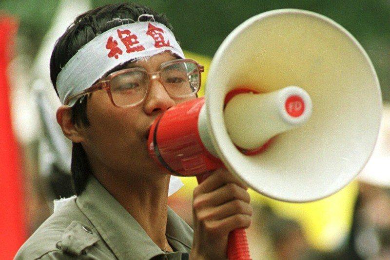 八九學運領袖之一王丹,攝於1989年5月,北京天安門。 圖/美聯社