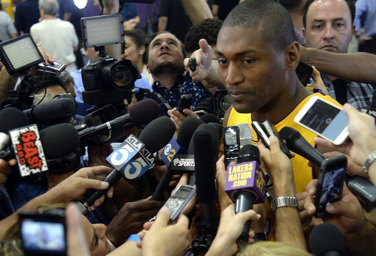 退役防守悍將世界和平近日接受數家媒體專訪,其中提及NBA生涯中唯二令自己後悔的事...