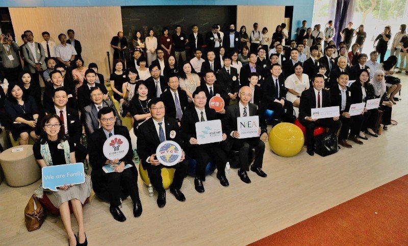 林口新創園成功串聯國際夥伴,3日國際合作夥伴發布會大合影。 中小企業處/提供