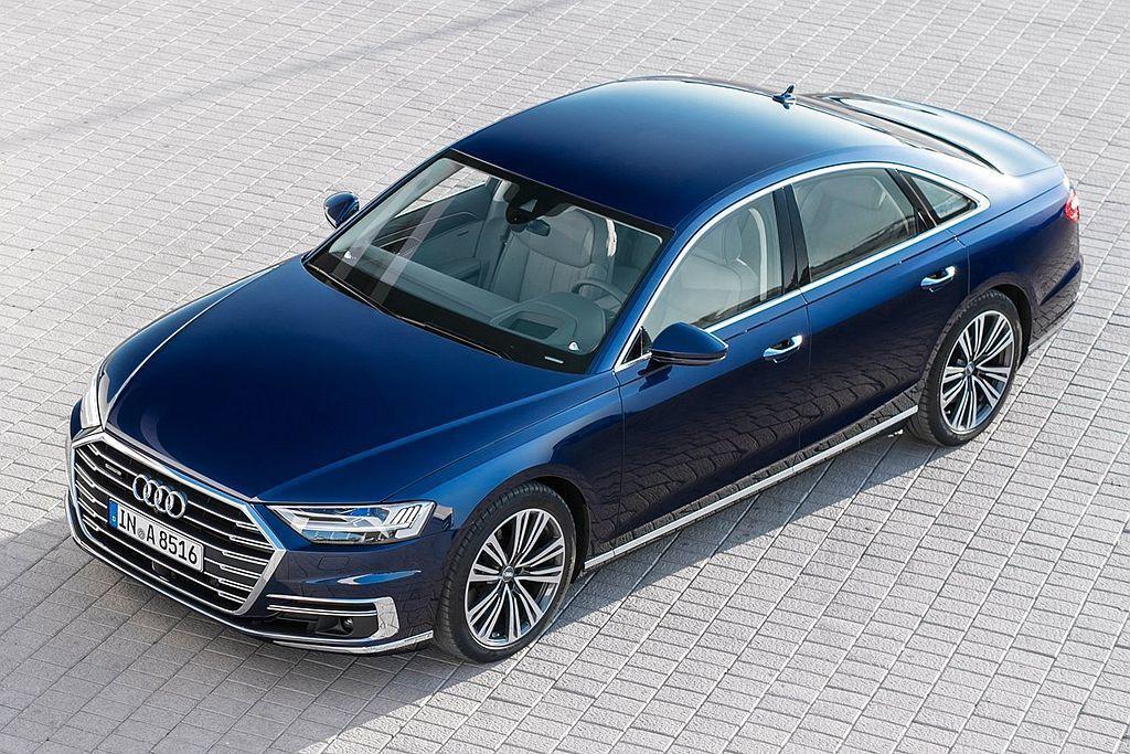 全新世代Audi A8車系預售起跑,同時推出限量動態OLED極光套件,包含HD高...
